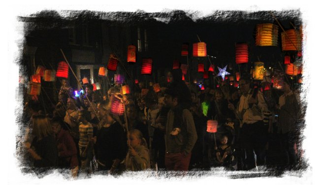Aldeburgh, the Chinese Lantern parade in August ©vcsinden2012