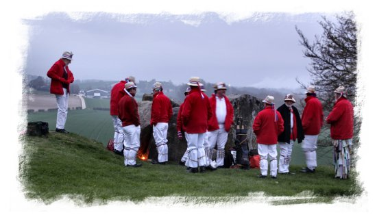 Hartley Morris Men bring in the summer, May Day at Coldrum ©vcsinden2013