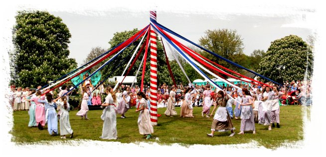 Ickwell May Queen Celebration   ©vcsinden2014