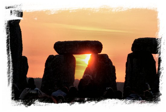 Stonehenge Solstice, a beautiful day 2014 ©vcsinden2014
