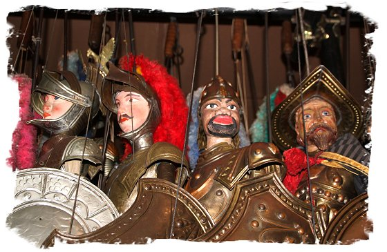 Soldier puppets at the Marionette Museum, Palermo, Sicily ©vcsinden 2017