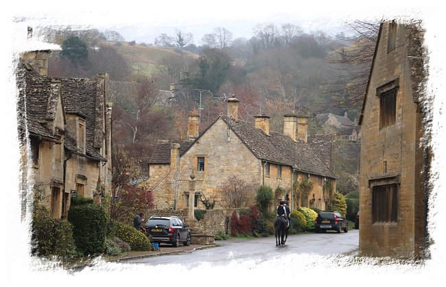 Springhill in Cotswolds England ©vcsinden2018