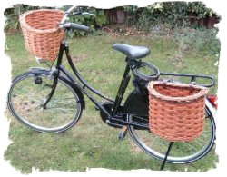 Bicycle baskets in willow by David Hembrow