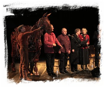 Anthems for Peace, with Joey the War Horse, Virginia McKenna and some of 'Voices at the Door' ©vcsinden
