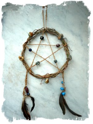 Pentacle dreamcatcher made by the fae Muddypond Green