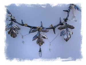 Faery jewellery - hawthorn necklace from Where The Wild Roses Are ©wherethewildrosesgrow