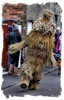 Whittlesey Straw Bear festival 2014 - the bear dancing ©vcsinden2014