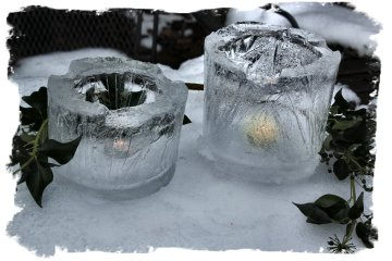 Ice Candle Lanterns, last for hours in the snow ©vcsinden2012